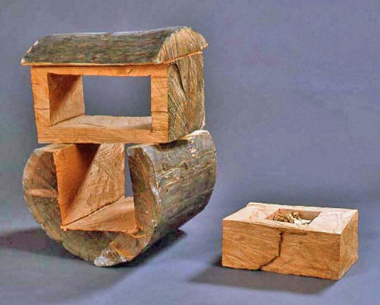 樹からぬかれた木箱