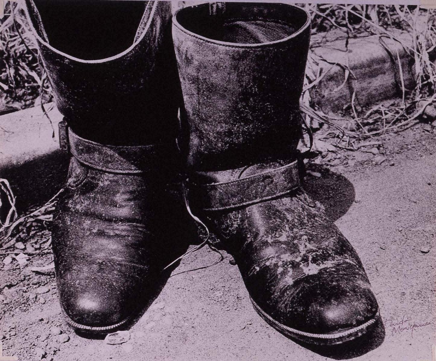 『光と影』より:靴