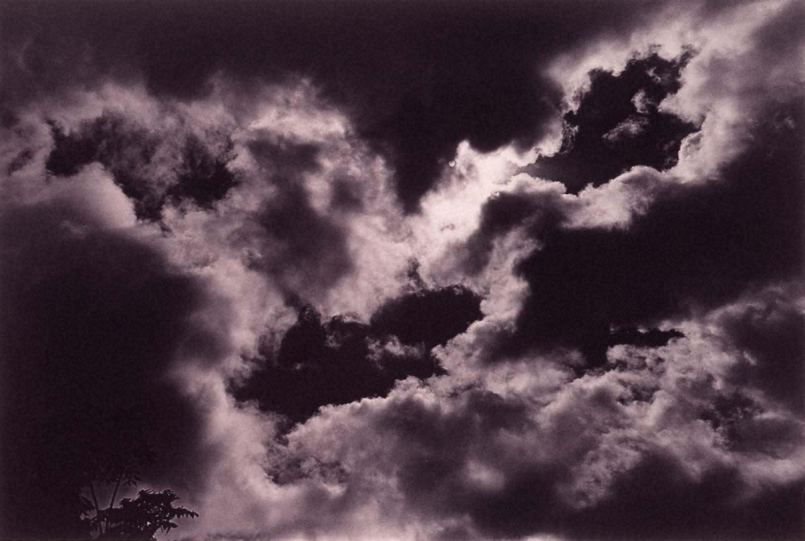 ラスト・コスモロジー 台風後の雲