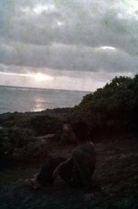 久高島の海岸(33984.jpg)