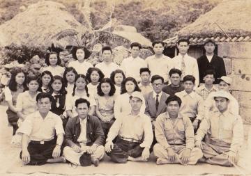 青年会の集合写真(47092.jpg)