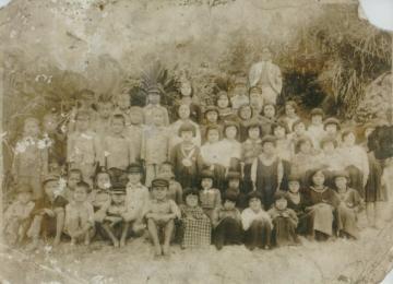 新原の小学生たち(47095.jpg)