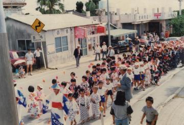 1989年 百名簡易郵便局前(47932.jpg)
