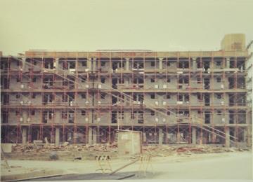 建設中のマンション(608.jpg)